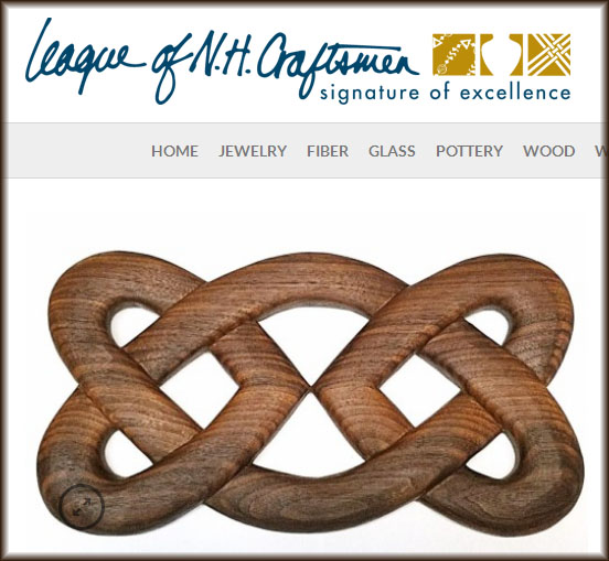 league_walnut_hearts_border